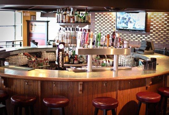 Ceili S Modern Irish Pub Belfast Bar