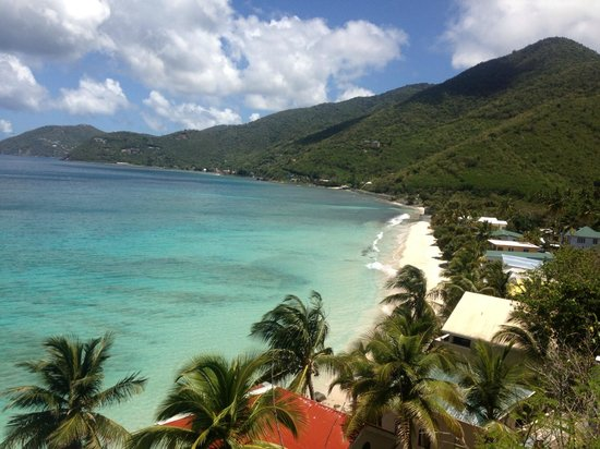 Sugar Mill Hotel: View looking down on Apple Bay