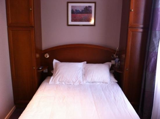 Best Western Au Trocadero: double room