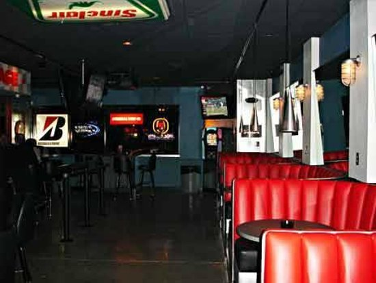 Hang out with your friends in one of our comfortable booths.
