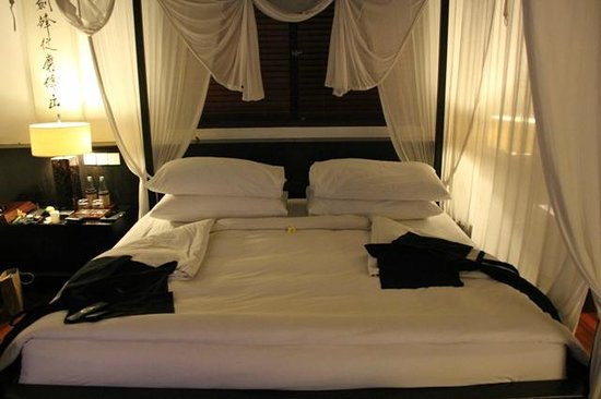 Kayumanis Ubud Private Villa & Spa: Bed turn down each night