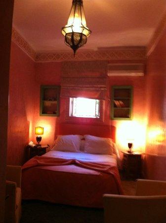 Riad Ravel: room 3