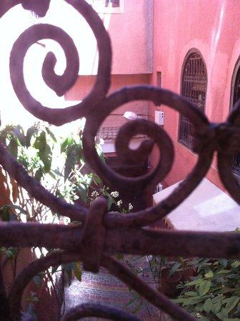 Riad Ravel: beautiful metal railings on all windows