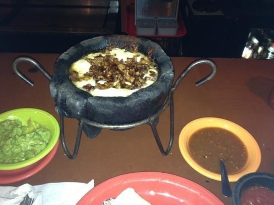 Mexico Lindo Restaurant: queso fundido