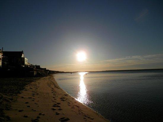 Surfside Hotel & Suites: Sunrise...