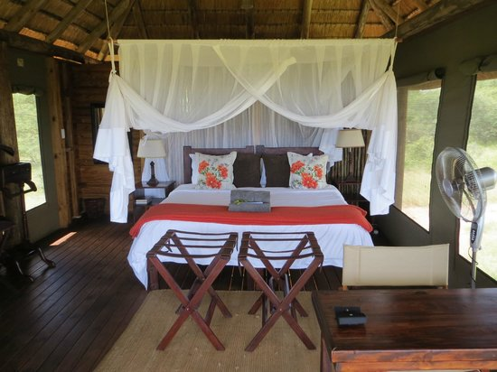nThambo Tree Camp: stunning room