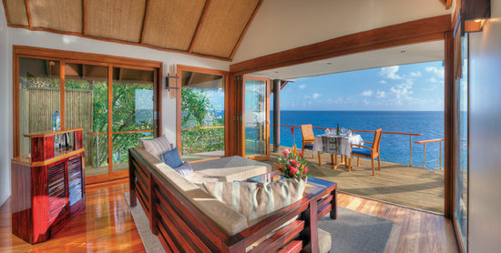 Royal Davui Island, Fiji: Living room