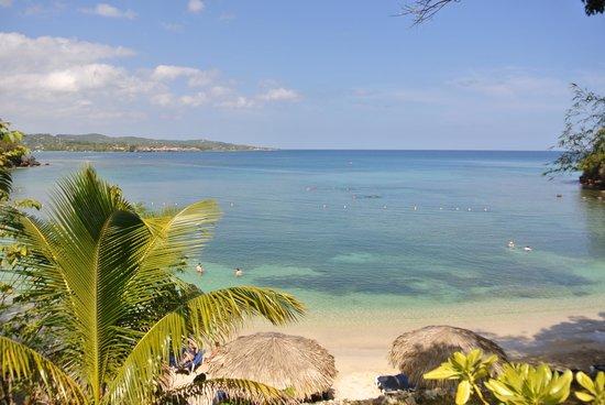 Grand Palladium Jamaica Resort & Spa: Sunset Cove Beach