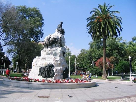 City Sightseeing Santander: One of Santander's lovely parks.