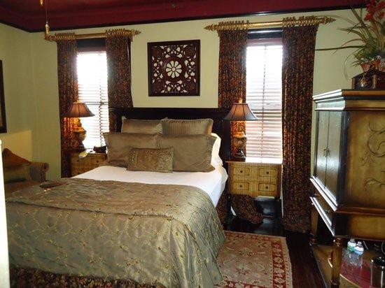 The Cedar House Inn: Vizcaya Room