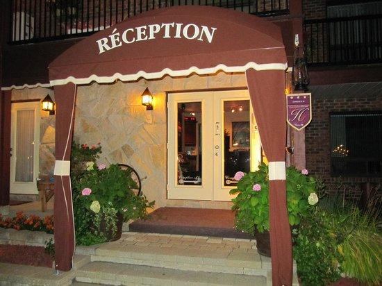 Complexe Le 60: reception