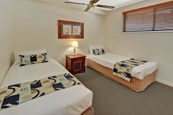 Raffles Mooloolaba: Second bedroom