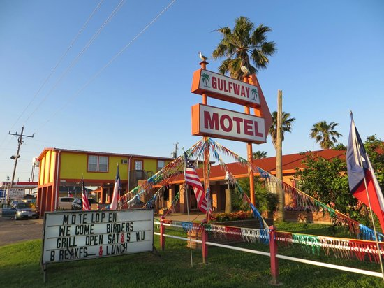 Gulfway Motel: Welcoming staff to birders!