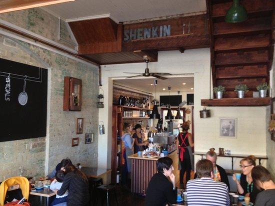 Shenkin Kitchen: getlstd_property_photo