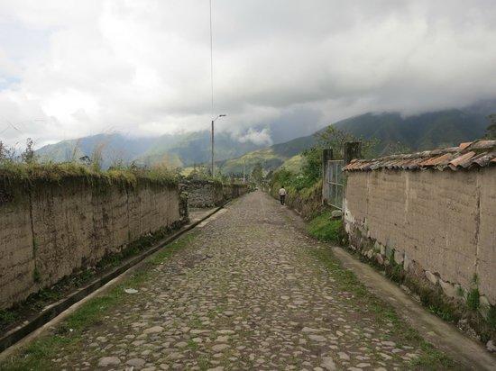 Hostal Refugio Terra Esperanza : calle depiedra