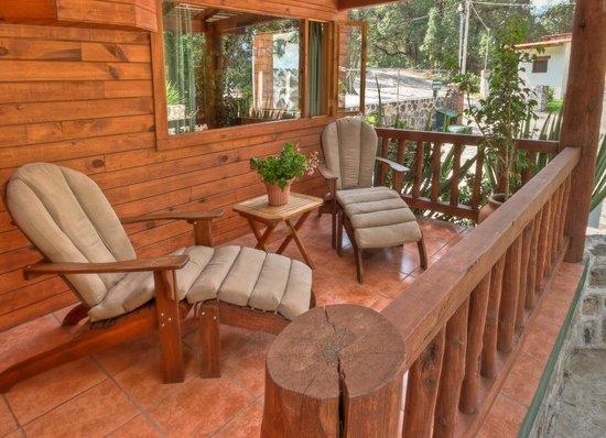 Cabanas El Estribo Hotel: Terraza Cabaña Suite