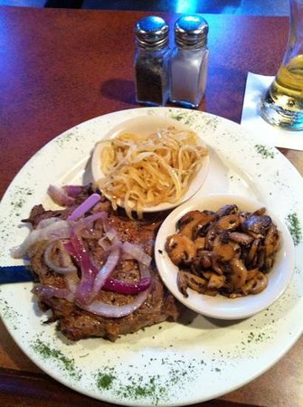 Purple Onion: Ribeye /sauted mushrooms and onions