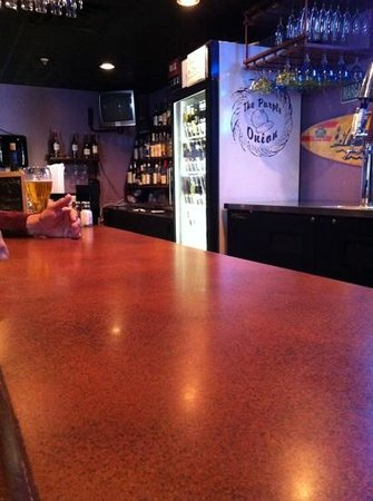 Purple Onion: bar