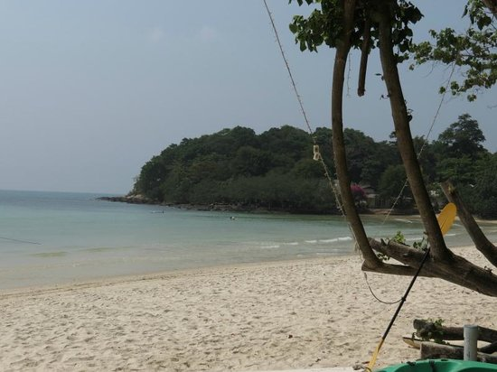 Vongdeuan Resort: The Paradise-like beach