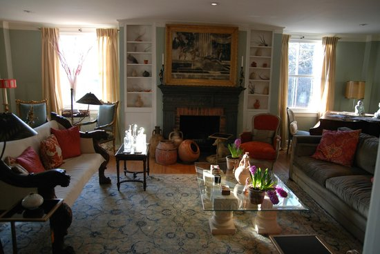 The Old Bank House: living room