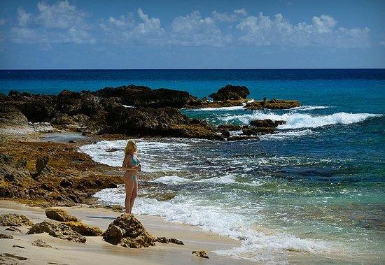 Maho Beach Resort Amp
