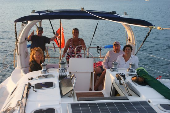 Salt Kettle Yacht Charters