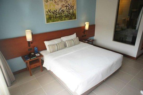 Deevana Plaza Krabi Aonang: Room