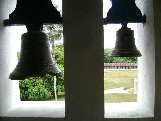 Massangana Sugar Cane Mill: sinos da igreja