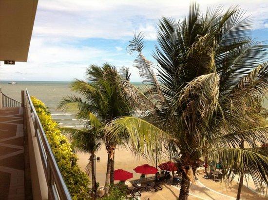 Imperial Hua Hin Beach Resort: 四樓走道俯瞰
