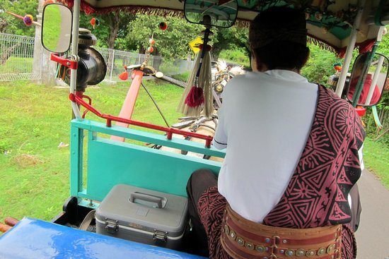 The Oberoi, Lombok: Complimentary horse ride on the