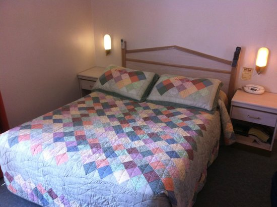 Arden Motel: Double Bed