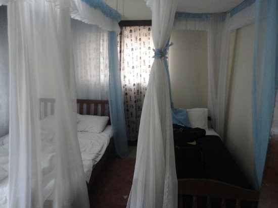 Nairobi Airport Stop Over House: My Room