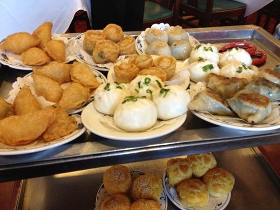 Empress Pavilion : one of the dim sum trolleys