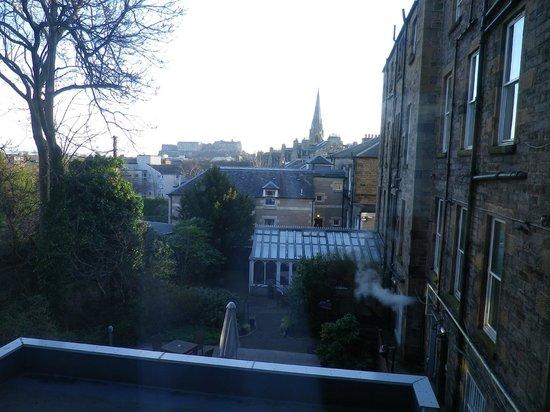Best Western Plus Edinburgh City Centre Bruntsfield Hotel: vue 2 de notre chambre