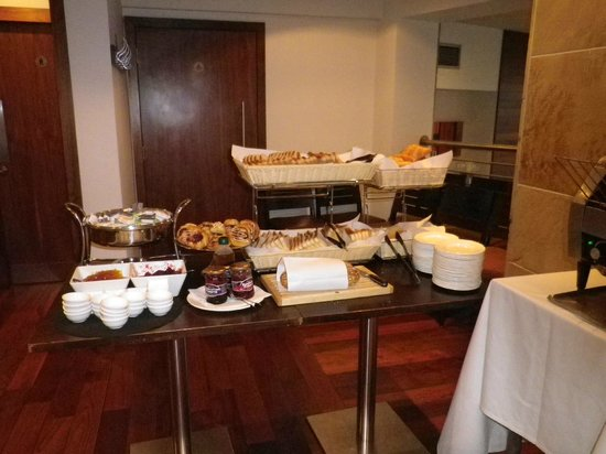 Best Western Plus Edinburgh City Centre Bruntsfield Hotel: petit-déjeuner (buffet) 2