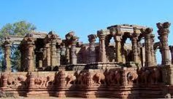 24 Avatars Group of Temples