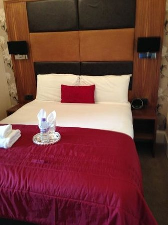 Edinburgh Regency Guest House: the rooms look as good as the pics