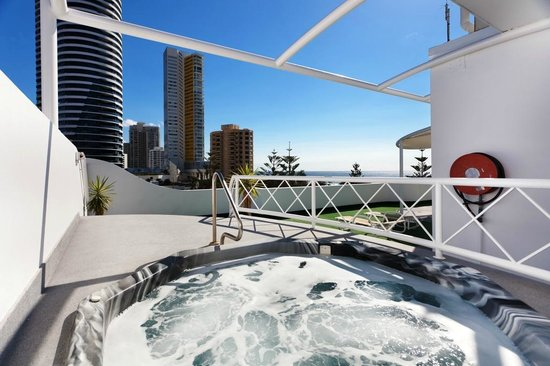 The Ritz Resort: Rooftop spa