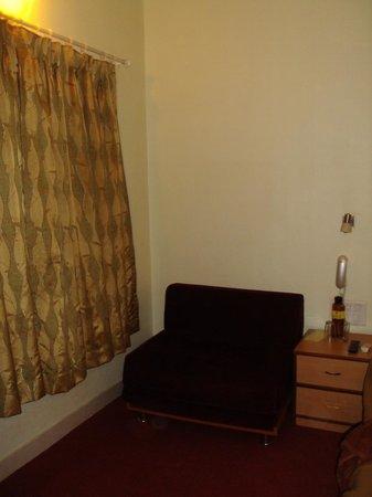 Westend Hotel: Room