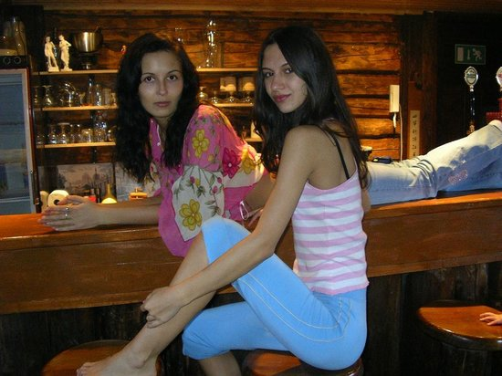 Iigaste, Estland: At the bar