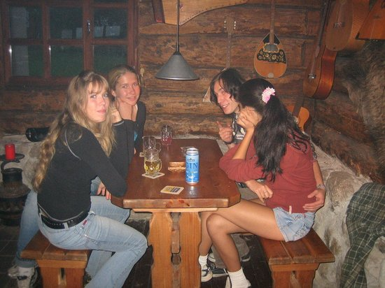 Iigaste, Estland: At the pub