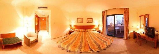 Hotel Mainake: Habitación