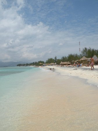Tropicana Bungalows: Strand im belebteren Süden