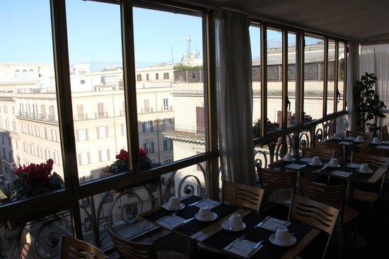 Tritone Hotel: Терраса на крыше отеля