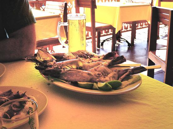 Thai Mom: Massive tiger prawns!