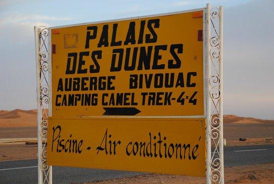 Palais des dunes: Cartel indicador