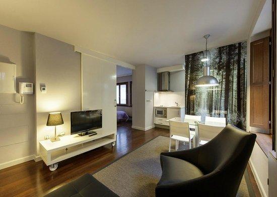Apartamentos Urbanos: salon