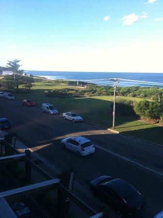 Quality Hotel Sands Narrabeen : Narrabeen beach