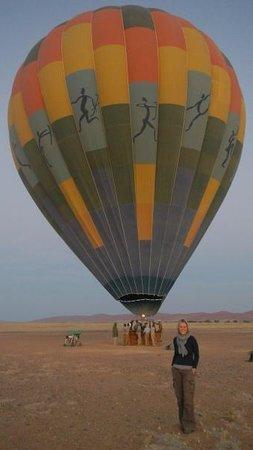 Namib Sky Balloon Safaris: Just before take off- sunrise at Sossusvlei