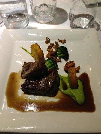 The Three Gables: filet steak...